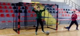 (ВИДЕО) Голмански тренинг на Стојановски, Михајловски и Ангеловски  од кадетскиот тим на Вардар