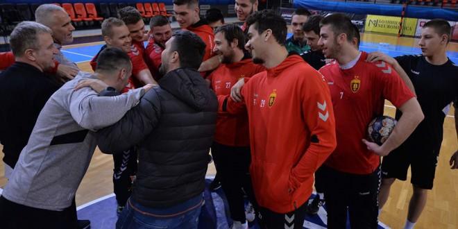 ( ФОТО) Алушовски го имаше првиот тренинг со Европскиот Шампион