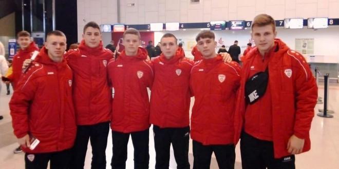 Шест играчи од ФК Вардар отпатуваа со селекцијата до 16 години на меѓународен турнир во Турција