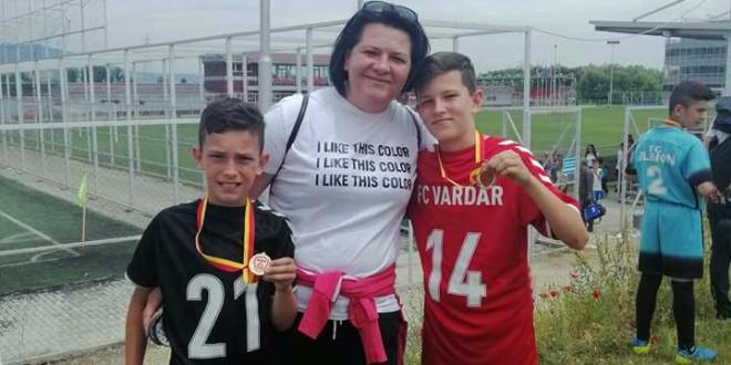 Иван и Петар Блажевски: Фудбалот е нашиот живот, во иднина се гледаме како дел од сениорскиот тим на ФК Вардар