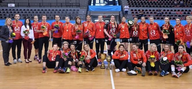 На денешен ден 2018: ЖРК Вардар ја прими последната,  6.шампионска титула