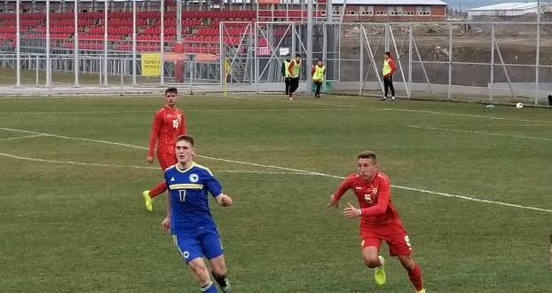 Македонија У19 загуби минимално од Црна Гора, Крстевски и Радуловиќ-Величковиќ во стартните 11