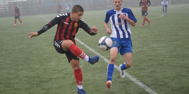 Табели во сите четири младински лиги, младите надежи на ФК Вардар со максимален број на бодови